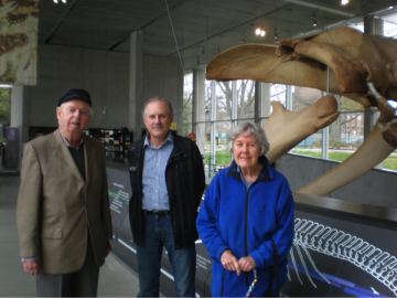 Dr. Newman Founding Director of Vancouver Aquarium Came for a Visit